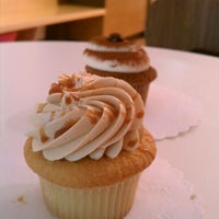 Photo taken at Hello Cupcake by Marriop on 4/21/2012
