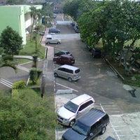Photo taken at Universitas Djuanda Bogor by cahya g. on 9/24/2011