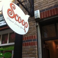 Photo taken at Scoop by Hannes L. on 8/21/2011