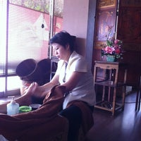 Photo taken at Yin Yang Original Massage and Spa by Dominic B. on 1/12/2011