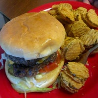 Photo taken at Kellys Big Burger by Ken on 11/7/2011
