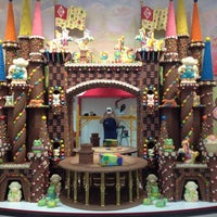 Photo taken at Sarris Candies by Matthew S. on 5/30/2012