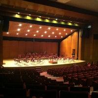 4/14/2012 tarihinde Kapatilan H.ziyaretçi tarafından Cemal Reşit Rey Konser Salonu'de çekilen fotoğraf