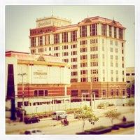 Photo taken at U-Thong Inn Hotel by ʎnʇɐʞɐɯ on 8/30/2011
