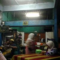 Photo taken at Kedai Gelap by Baharin A. on 4/22/2012