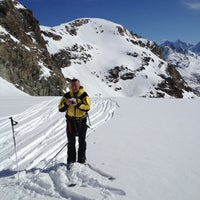 Photo taken at Albergo Alpenrose by Albergo Alpenrose di Franco Bieler on 3/25/2012