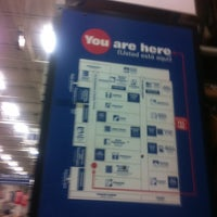Photo taken at Lowe's Home Improvement by Peter L. on 4/10/2011