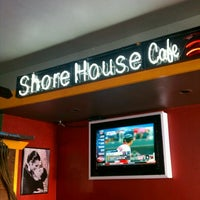 Photo taken at Shore House Cafe by Aaron Chiklet A. on 9/20/2011