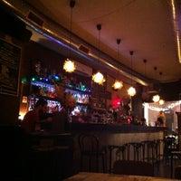 Foto tirada no(a) Foxy Bar por Rld_ G. em 5/7/2012