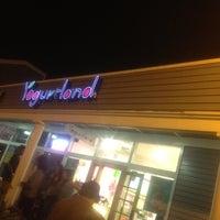 Photo taken at Yogurtland by Michelle A. on 8/1/2012