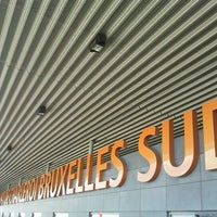 Photo taken at Brussels South Charleroi Airport (CRL) by Está en tu Mundo B. on 7/2/2012