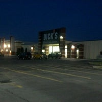 Photo taken at Dick's Sporting Goods by Darrin F. on 6/11/2012