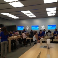 Photo taken at Apple by Jeremie A. on 6/28/2012