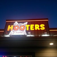 Photo taken at Hooters by Derek O. on 7/8/2012