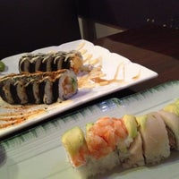 Photo taken at Zenna Thai & Japanese by Rebecca D. on 7/27/2012