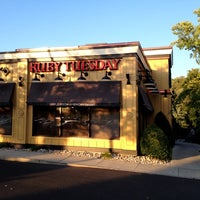 Photo taken at Ruby Tuesday by Eric O. on 6/27/2012