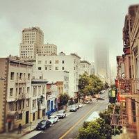 Photo taken at Hostelling International - San Francisco City Center Hostel by Jiashu W. on 8/15/2012