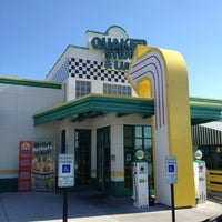 Photo taken at Quaker Steak & Lube® by Tony R. on 7/28/2012