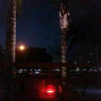 Photo taken at Bahama Breeze by @LorenzoAgustin ☆ on 5/19/2011