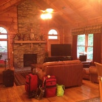 Photo taken at Morrow Retreat Mondo Cabins by Ruth H. on 6/22/2012