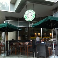 Photo taken at Starbucks by Apolo L. on 6/29/2011
