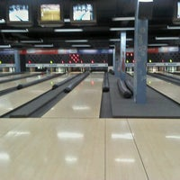 Photo taken at Amazon Bowling by Robson G. on 12/17/2011