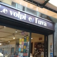 Photo taken at Le volpi e l'uva by Domenico I. on 12/3/2011