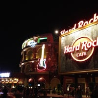 Photo taken at Hard Rock Live Orlando by Rodrigo Z. on 8/26/2012