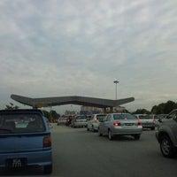 Photo taken at New Pantai Expressway (Lebuhraya NPE) by E T. on 10/2/2011