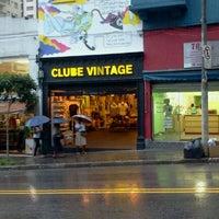 Photo taken at Clube Vintage by Rafael O. on 3/13/2012