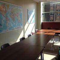 Photo prise au YMCA International Language School par Isabel P. le9/7/2012