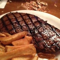 Photo taken at Texas Roadhouse by Ed C. on 5/17/2012