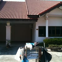 Photo taken at Golden Land Hotel @ Chiang Rai by Somprasong S. on 12/31/2011