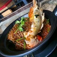 Photo taken at Thai Thai by Chrystian T. on 8/5/2012