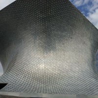 Photo taken at Plaza Carso by Paulo G. on 2/9/2012