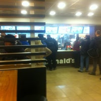 Photo taken at McDonald's by Magnus L. on 11/15/2011