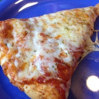 Photo taken at Davanni's Pizza and Hot Hoagies by Claire H. on 6/1/2012