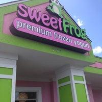 Photo taken at Sweet Frog Frozen Yogurt by Nicola on 7/15/2012