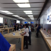 Photo taken at Apple Store, Los Gatos by Ernie S. on 9/8/2012