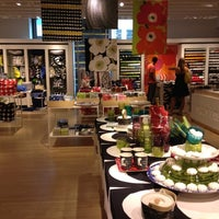 Photo taken at Crate & Barrel by Jay Y. on 7/15/2012