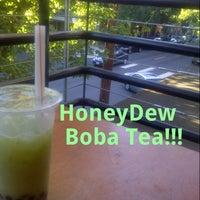 Photo taken at Tea Chai Té by Rio Ty T. on 8/5/2012
