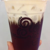Photo taken at 貢茶 Gong Cha by 💕cming  💕 on 4/15/2012