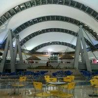 Photo taken at Centro Sambil Maracaibo by Hennio M. on 10/1/2011