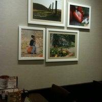 Photo taken at Bob Evans Restaurant by Bonnie V. on 10/9/2011