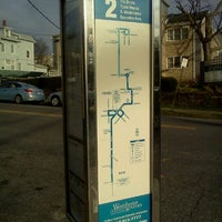 Photo taken at the bee-line system Bus Stop - Park Av & High St (2) by Trevor L. on 11/27/2011