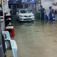 Photo taken at Shine Tech Auto Beauty Center by Cheong on 4/24/2011