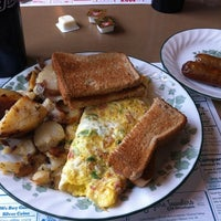 Photo taken at Smyrna Diner by John M. on 8/7/2011