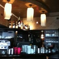 Photo taken at Le Vrai Paris by Julio Guido M. on 4/29/2012