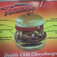 Photo taken at Original Tommy's Hamburgers by Rusa D. on 1/4/2012