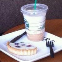 Photo taken at Starbucks by Roberto R. on 3/1/2012